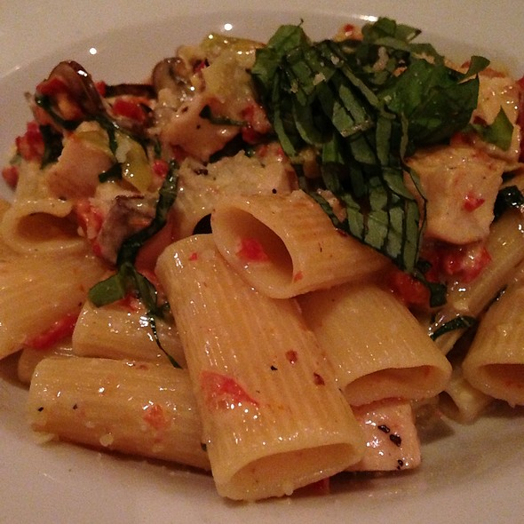 Rigatoni With Chicken - Ecco, Costa Mesa, CA