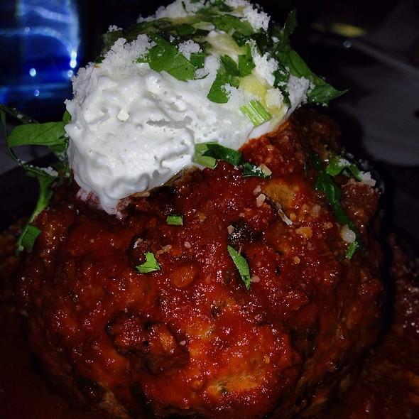 1lb Kobe Meatball W/ Ricotta - Lavo, Las Vegas, NV