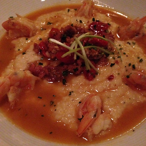 Low Country Shrimp And Grits - Washington Place, Cleveland, OH