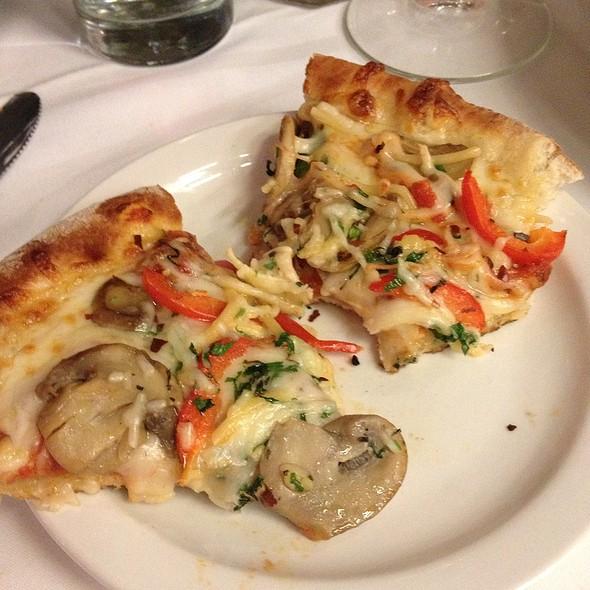 Mushroom Pizza - SPAGIO Restaurant, Columbus, OH