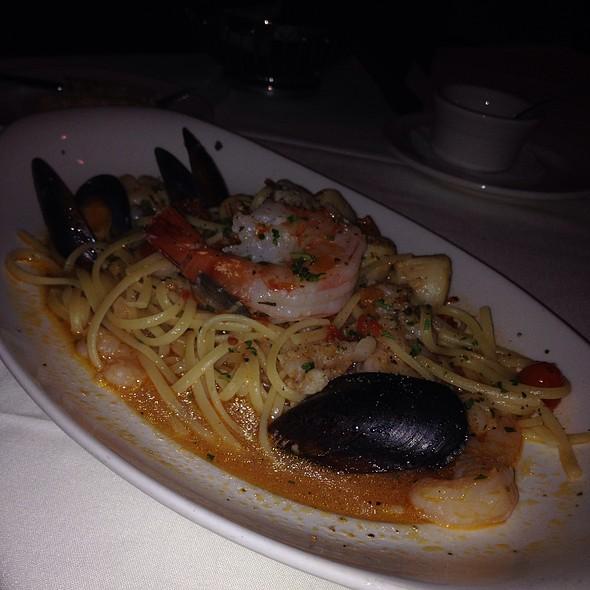 Linguini Frutti di Mare - Rocco's Italian Grille, Winter Park, FL