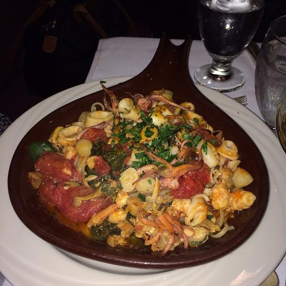 Pasta Fra Diavolo - Nanni Restaurant, New York, NY