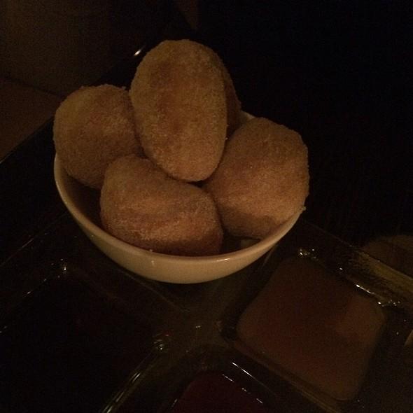 Warm Doughnuts - The Stanton Social, New York, NY