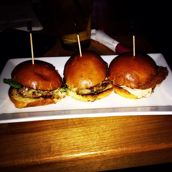 Crab Cake Sliders And Fried Oyster Slider - Kings Oak, Philadelphia, PA