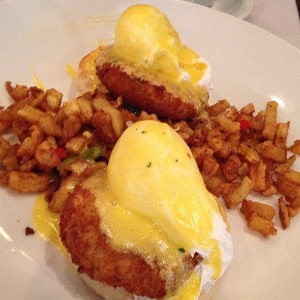 Crab Cake Eggs Benedict Houston