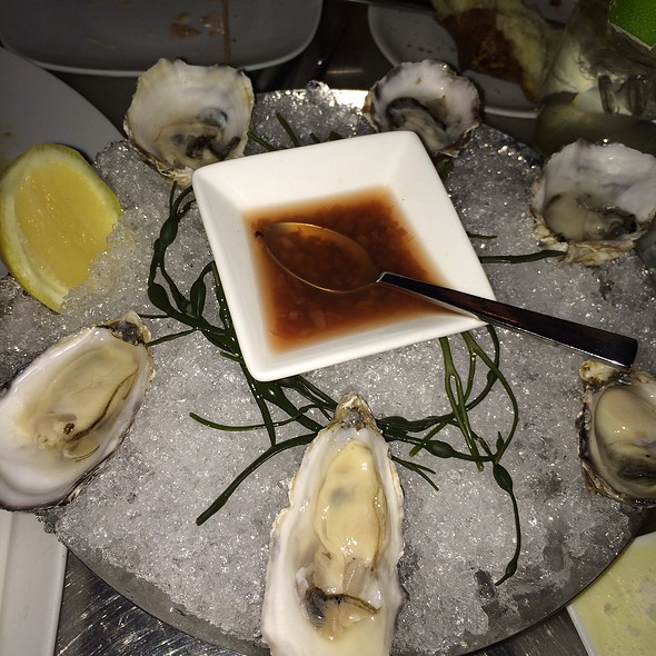 West Coast Oysters - Barclay Prime, Philadelphia, PA