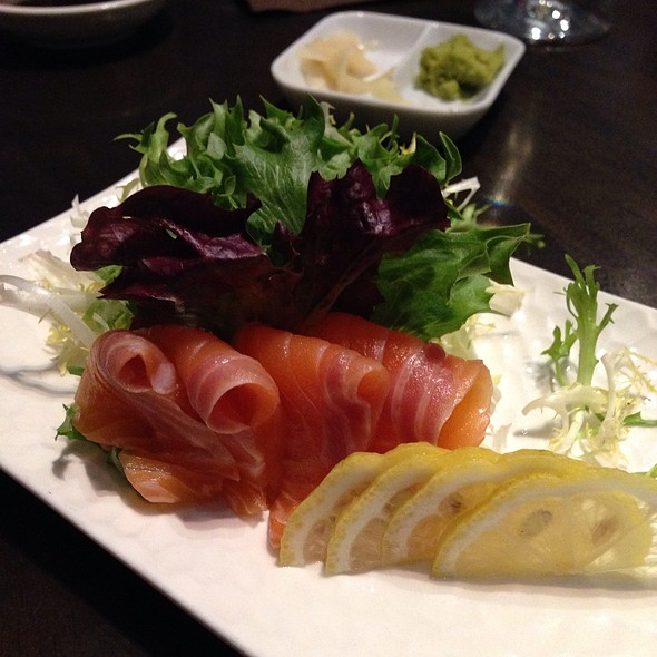 Salmon Sashimi - E & O Food and Drink, Mount Prospect, IL