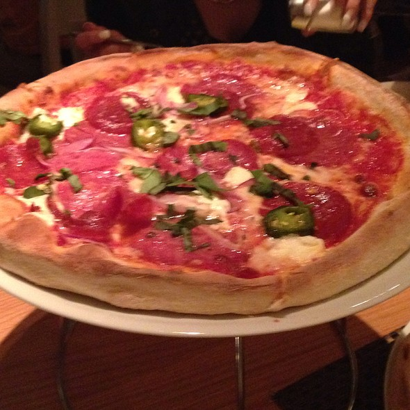 Spicy Pizza - Wolfgang Puck Bar & Grill, Las Vegas, NV