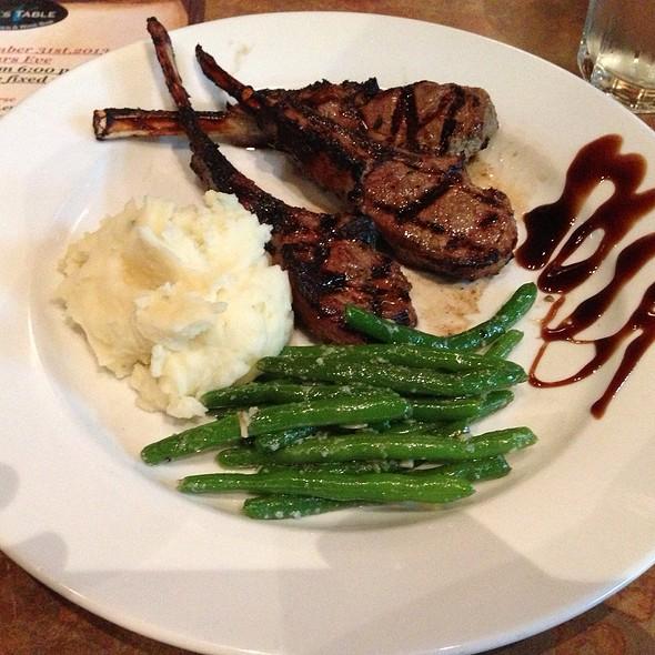 Cotolette Di Agnello Scottadito - Nundini Chef's Table, Houston, TX