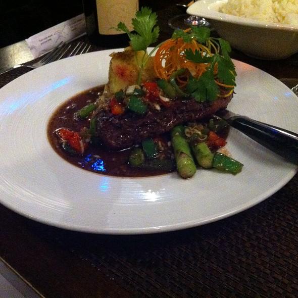 Lemongrass Beef - Mai Thai Restaurant and Bar Downtown, Boise, ID