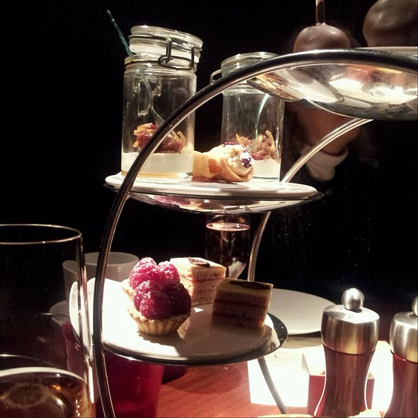 """Not Your Aunt Sally's"" High Tea - Allium, Chicago, IL"
