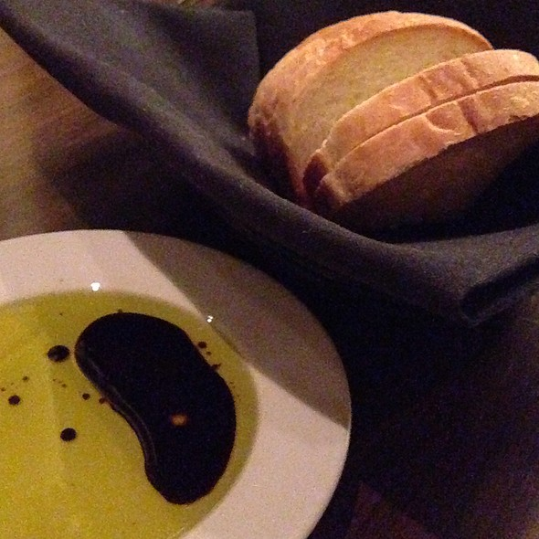 Bread, Oil And Balsamic Vinegar - Ten22, Sacramento, CA