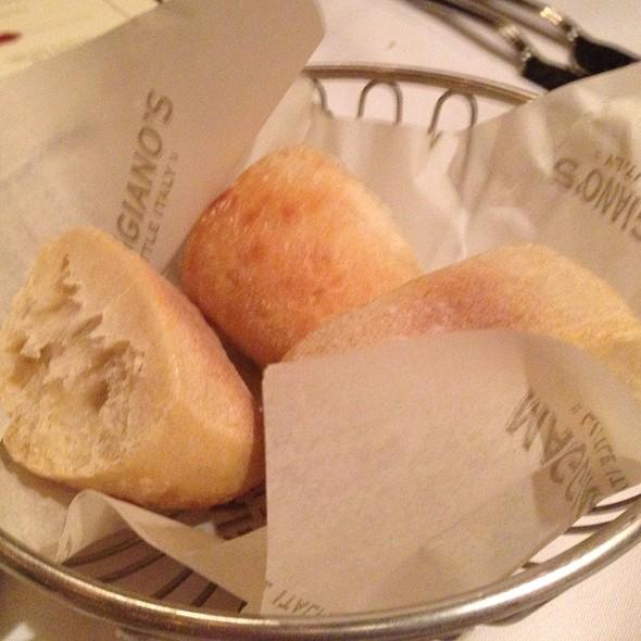 italian bread basket - Maggiano's - Tampa, Tampa, FL