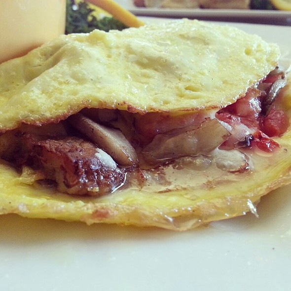 Omelette - Cafe Benedicte, Houston, TX