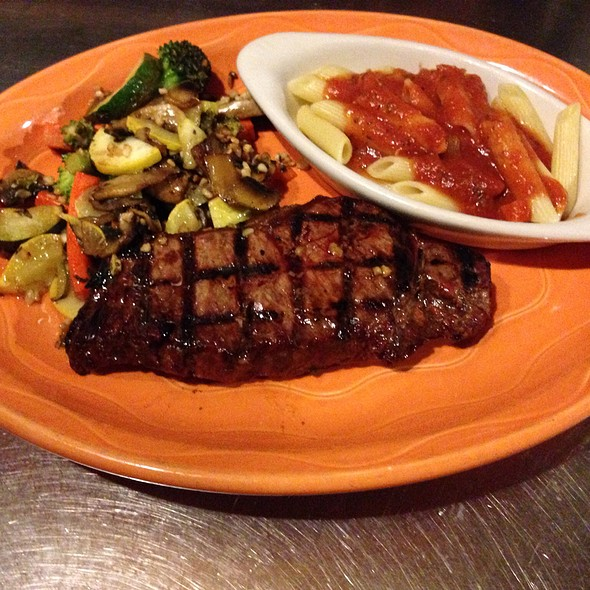 New York Strip - Vinny Vanucchi's 'Little Italy' - Galena, Galena, IL