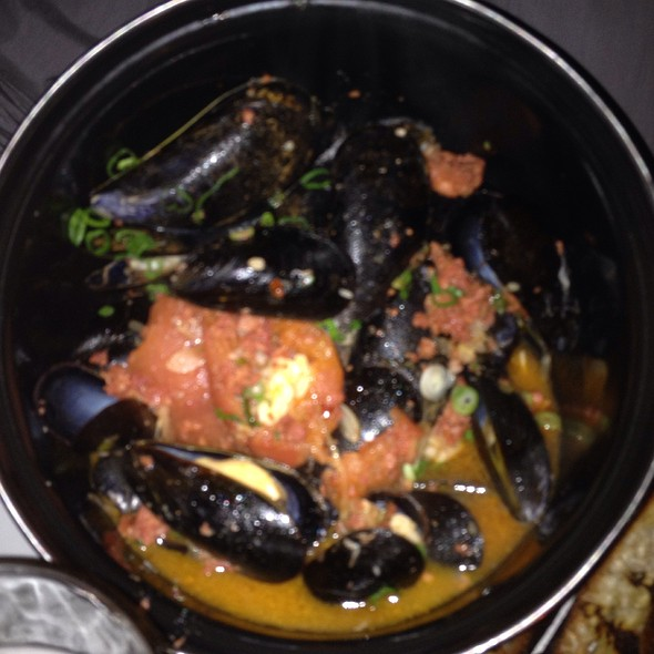 Mussel Pot - Boulton and Watt, New York, NY