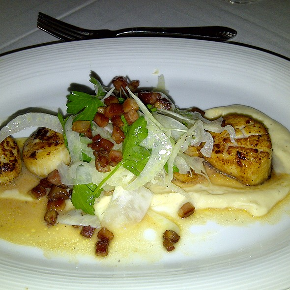 Pan Seared Sea Scallops - Davio's, Atlanta, GA
