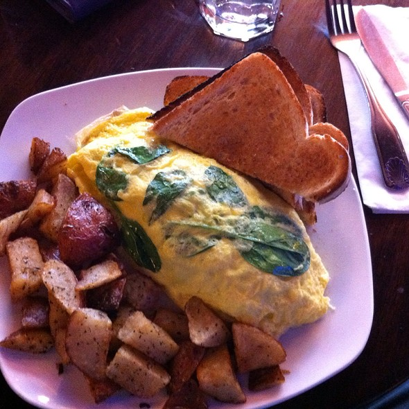 Vegie Omelet  - Julia's on Broadway, Seattle, WA