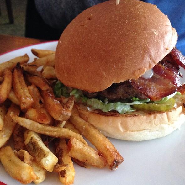 Frisco Burger - Founding Farmers - DC, Washington, DC