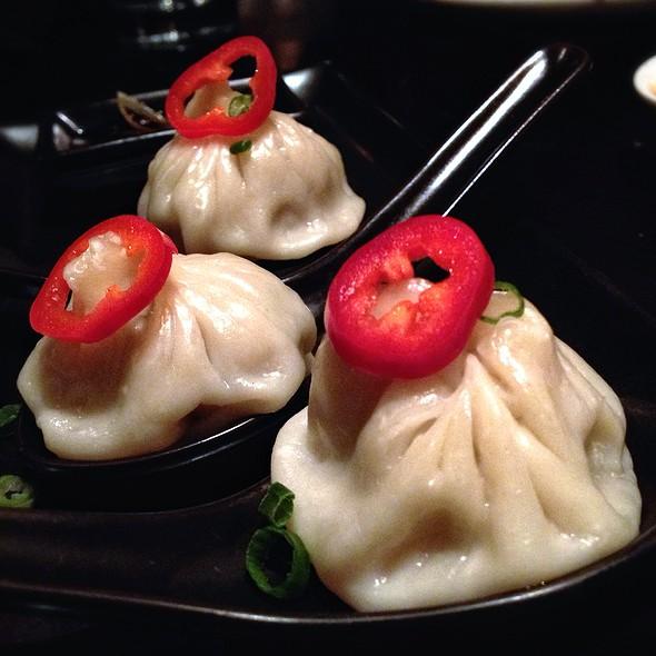 Bursting Soup Dumpling - Ping Pong Dim Sum - 7th Street, Washington, DC