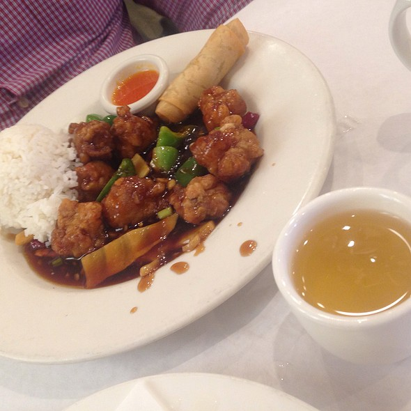 General Tso's Chicken - TL's Four Seasons, Roseville, IL