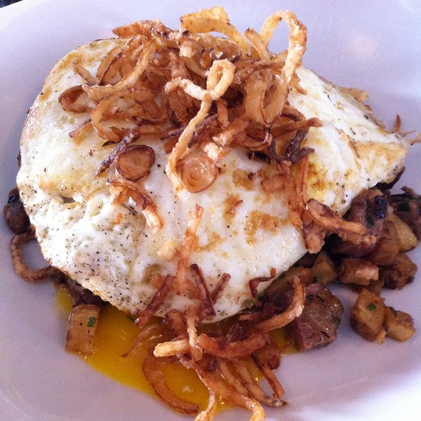 Short Rib Hash and Eggs - The Silverspoon Restaurant, Wayne, PA