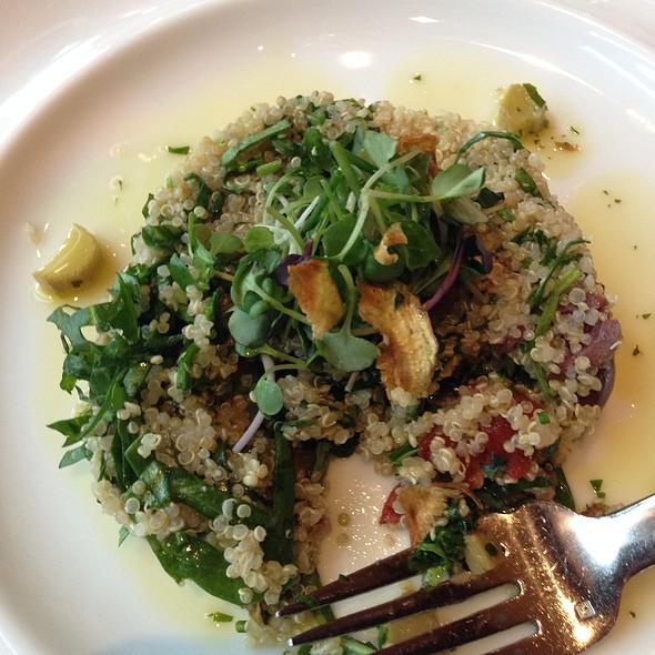 Ensalada De Quinoa Tabbouleh - Westend Bistro DC, Washington, DC