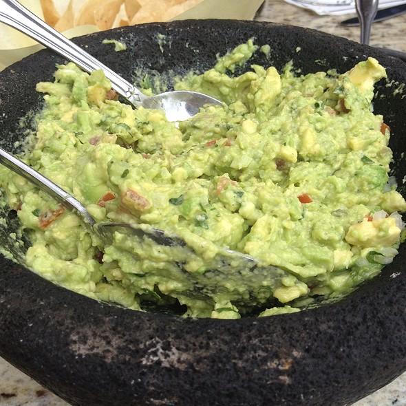 Guacamole - Frida Restaurant Americana - Glendale, Glendale, CA