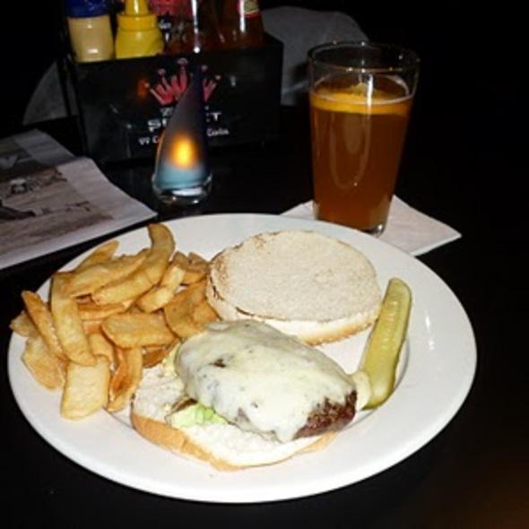 Avocado hamburger - Weather Mark Tavern, Chicago, IL