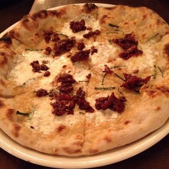 Sundried Tomato Pizza - Pizzeria Seven Twelve, Orem, UT