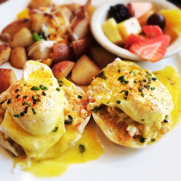 Seafood Benedict - Hearsay Market Square, Houston, TX