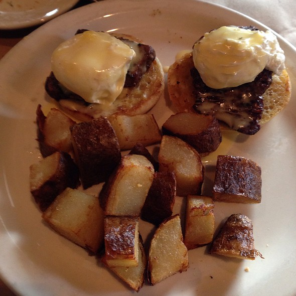 Eggs Benedict and Hash Browns - N'Tini's, Mandeville, LA