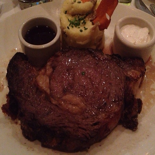 Prime Rib - Chart House Restaurant - Golden Nugget - Las Vegas, Las Vegas, NV