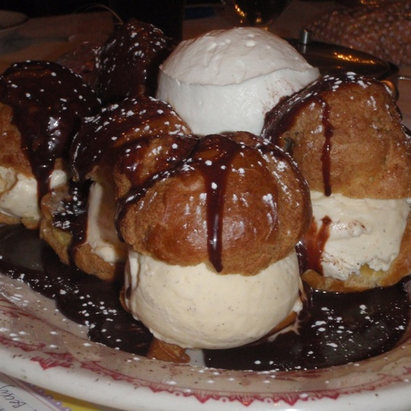 Vanilla Bean Profiteroles - Maggiano's - King of Prussia, King of Prussia, PA