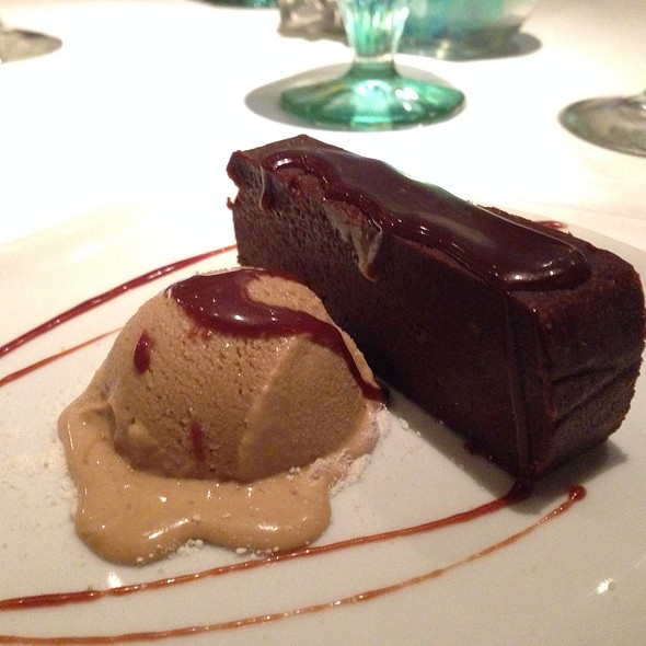 flourless chocolate cake - Fin Seafood Restaurant, Newport News, VA