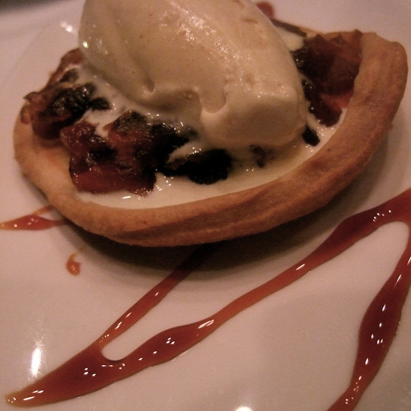 Apple Tartin - Xiomara on Melrose, Los Angeles, CA