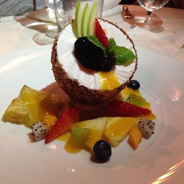 The Coconut - Alan Wong's Restaurant, Honolulu, HI