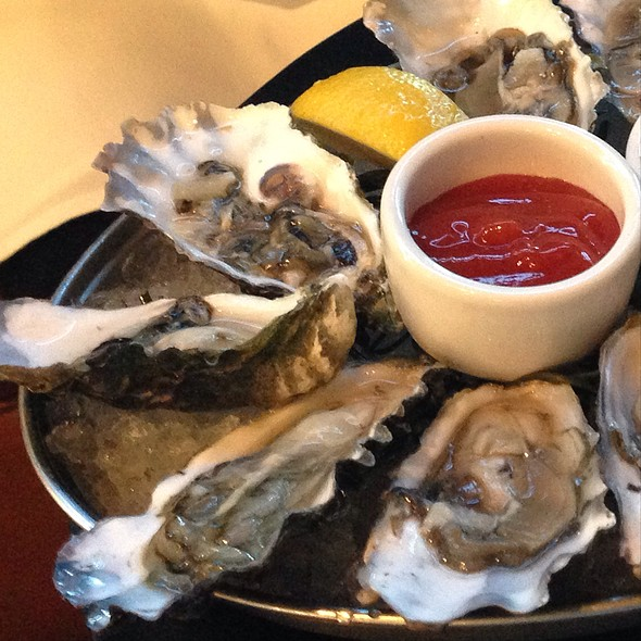 Assorted Oysters - The Waterfront Restaurant and Cafe, San Francisco, CA
