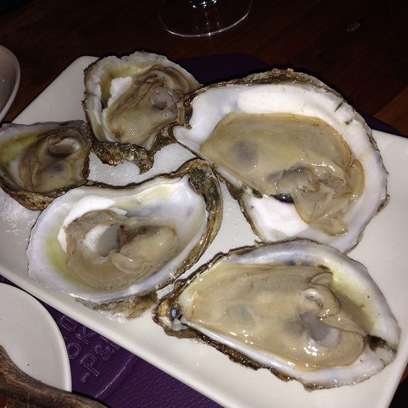 Hog Island Oysters - Pig & Finch - Omaha, Omaha, NE