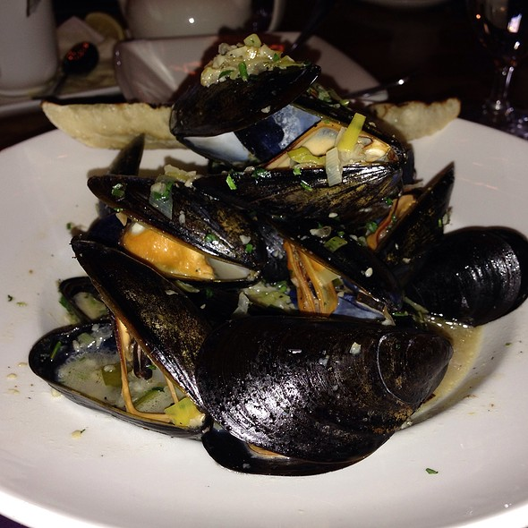 PEI Mussels - Pig & Finch - Omaha, Omaha, NE