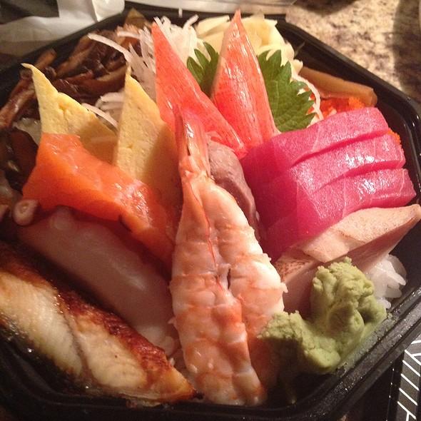 Chirashi - Sushi Zushi - Dallas, Dallas, TX
