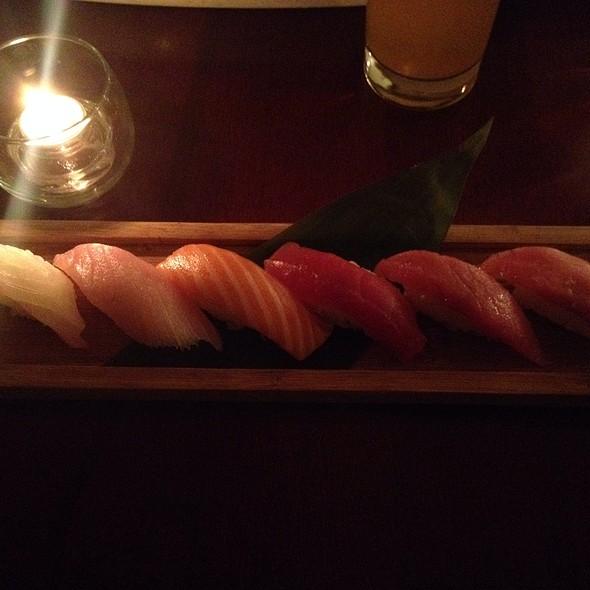 Nigiri - Mirai Sushi - Wicker Park, Chicago, IL