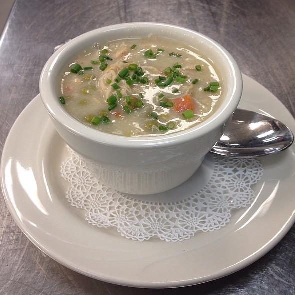 Chicken & Dumpling Soup - Tir Na Nog, Baltimore, MD
