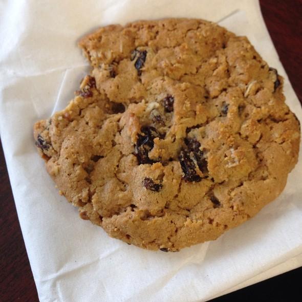 tim hortons nutrition oatmeal raisin cookie nutrition ftempo. Black Bedroom Furniture Sets. Home Design Ideas