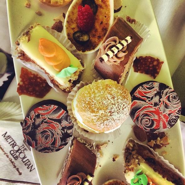 Desserts - The Metropolitan, Chicago, IL