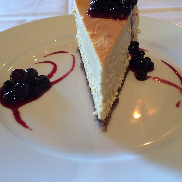 New York Cheesecake - Porter House Bar and Grill, New York, NY