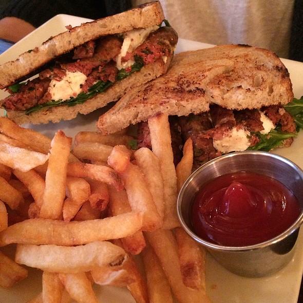 Merguez Sandwich - Le Singe Vert, New York, NY