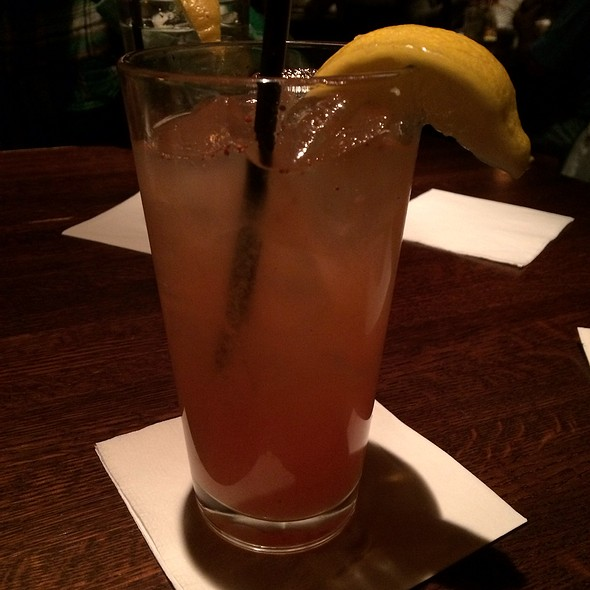 Strawberry Lemonade - Redstone American Grill - Plymouth Meeting, Plymouth Meeting, PA