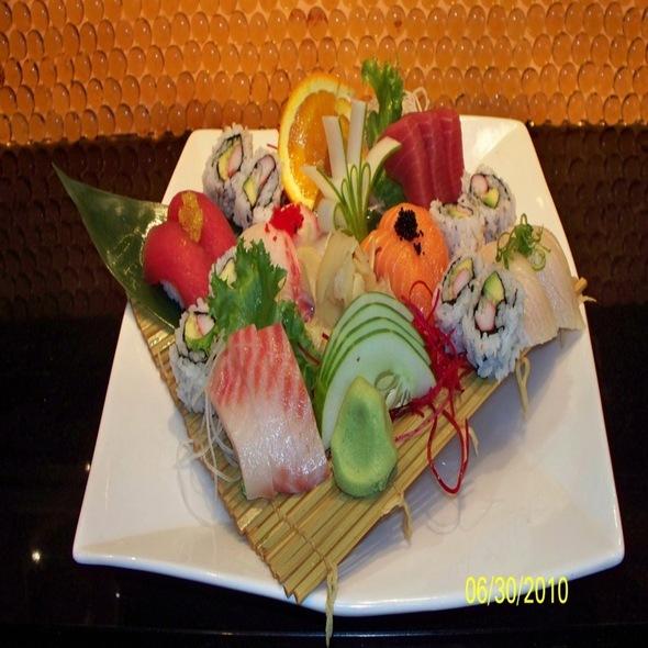 Sushi & Sashimi Combo Platter - Arisu Japanese Restaurant, Englishtown, NJ