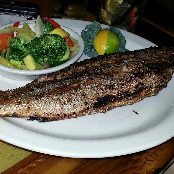 Whole Snapper - FishBones - Orlando, FL, Orlando, FL